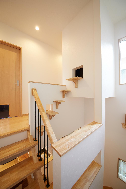 猫用階段を設けました キャットウォークのある家 勝美住宅