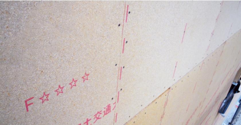 強度と耐久性、軽量性に優れた強い壁