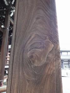 西本願寺・埋め木1