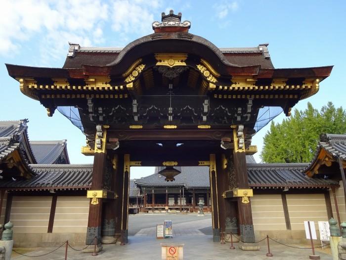 西本願寺・阿弥陀堂門1