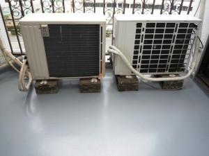 エアコン室外機の架台交換前