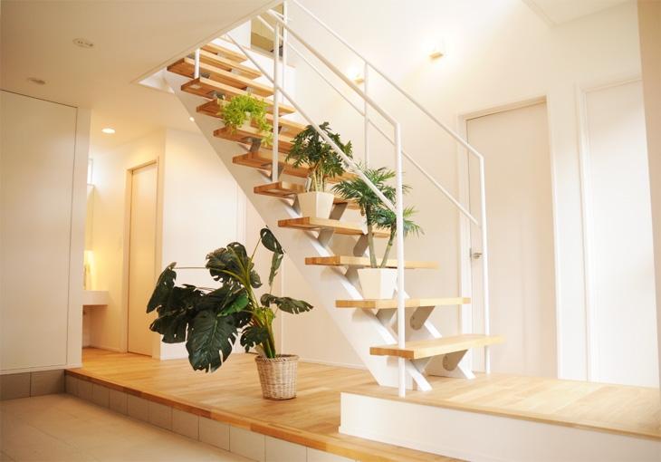 Vol.15 ストリップ階段が主役の2階リビングの家