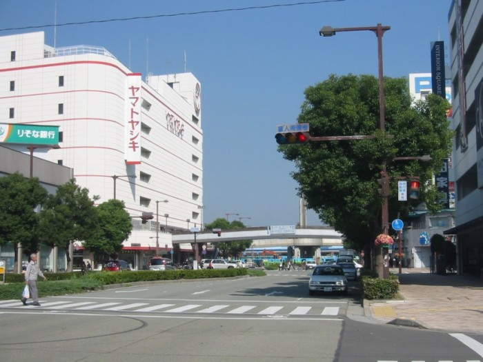 加古川駅前