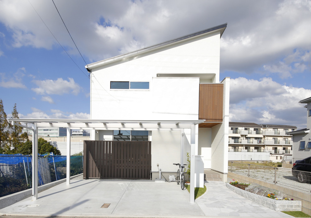 <p>イベントには他の住宅メーカーも出展していましたが、勝美住宅を気に入った理由は何だったのですか?</p>