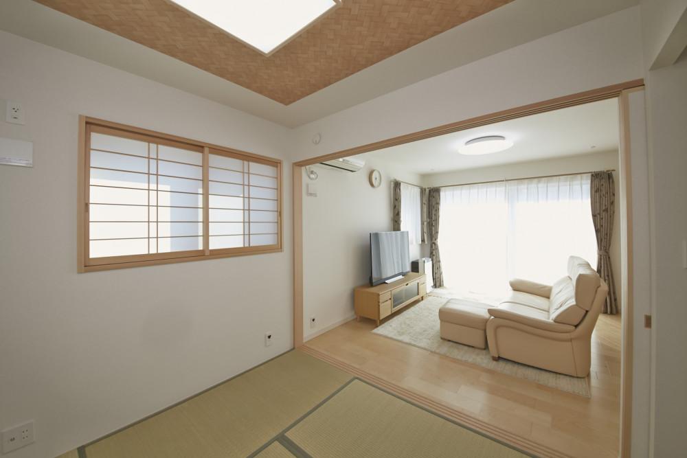 <p>明るくて素敵な和室ですね</p>