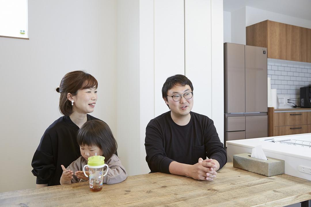 <p>H様は勝美住宅を訪ねる前、他の住宅会社と契約していたそうですね。</p>